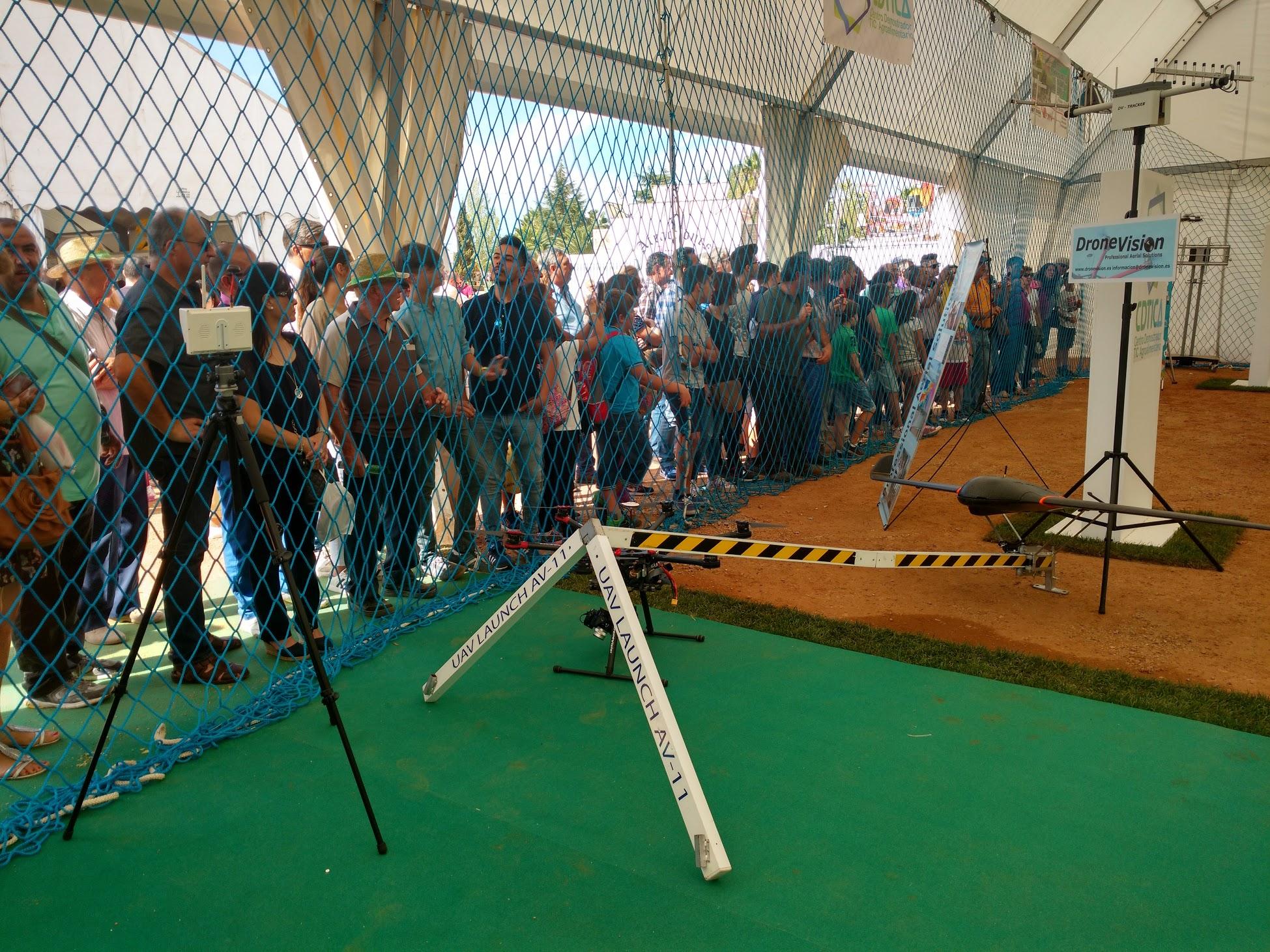 drones agricultura, estand feria Zafra